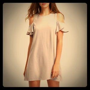 Dresses & Skirts - NEW Cold shoulder nude dress